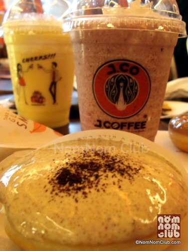 J.CO Mix Berries Frappe