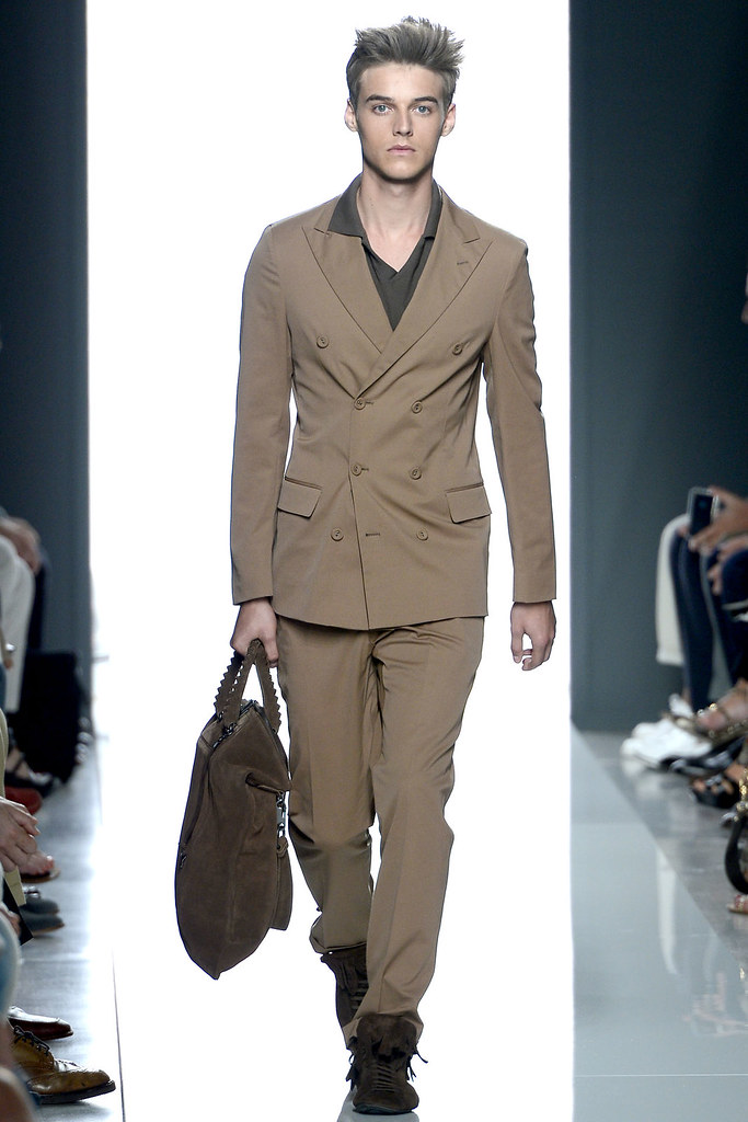 Robbie Wadge3612_SS13 Milan Bottega Veneta(VOGUE)