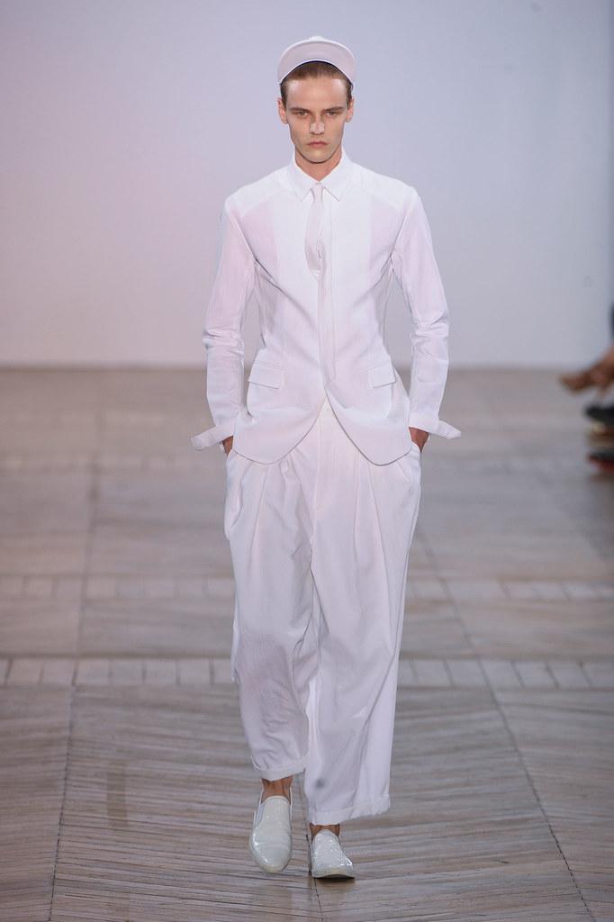 Bart Grein3083_SS13 Paris Juun J.(fashionising.com)