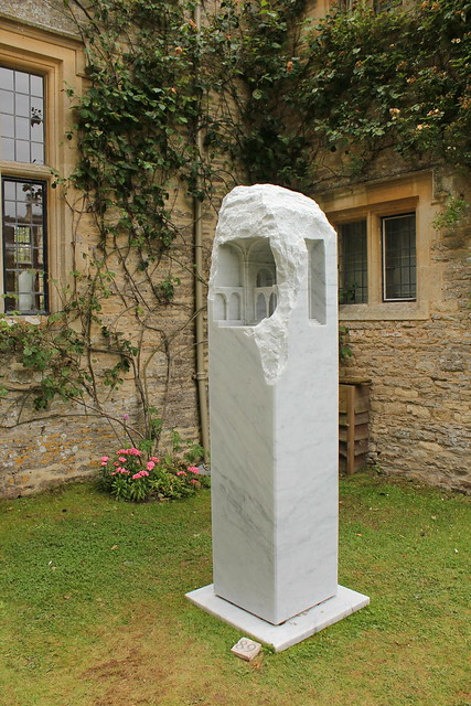 "Asthall Manor ""On Form"" Exhibition"