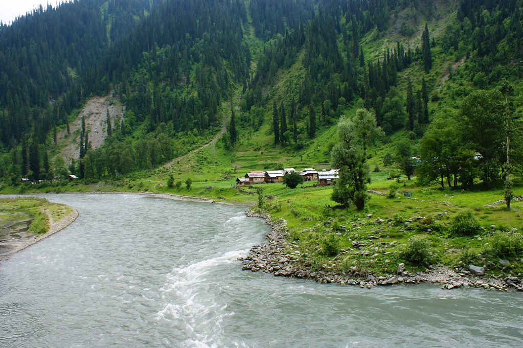 "MJC Summer 2012 Excursion to Neelum Valley with the great ""LIBRA"" and Co - 7595597290 36f6715e9d b"
