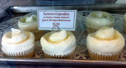 Lemon Cupcakes, Magnolia Bakery