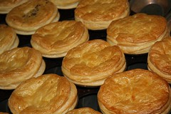 baked goods, profiterole, food, viennoiserie, dish, cuisine, snack food, danish pastry,