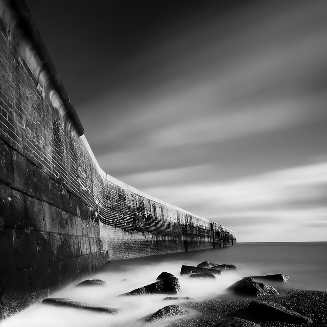 Black and white landscape & architectural photography by Mike Diblicek