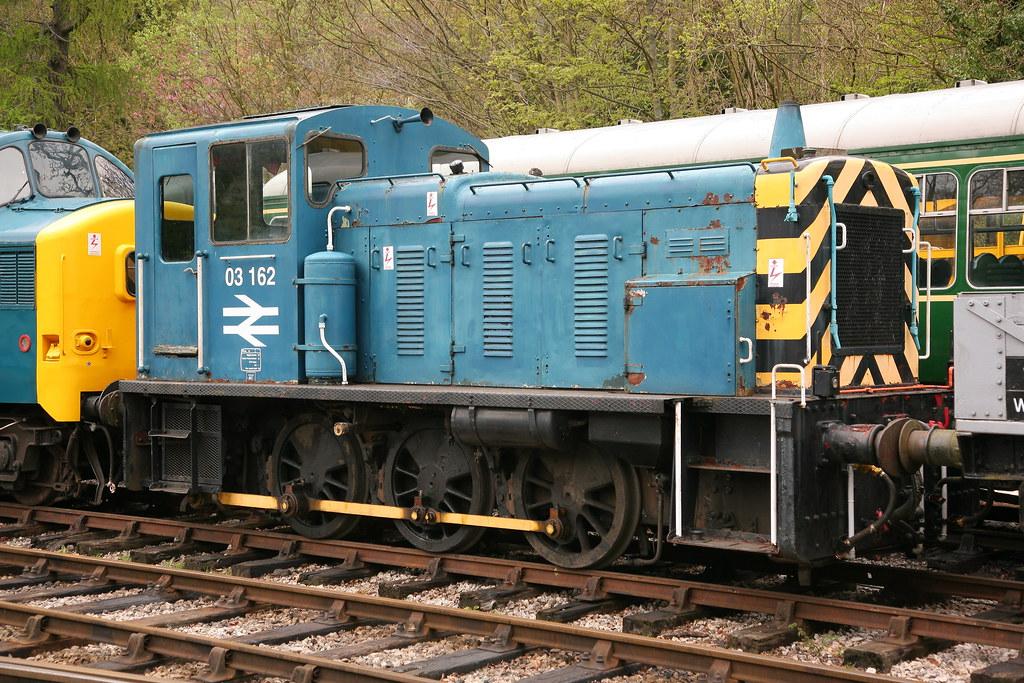 BR Swindon ( Class 03 ) DM Diesel Shunter ( D2.