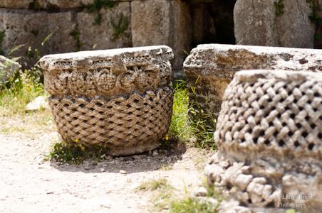 capitells amb forma de cistell