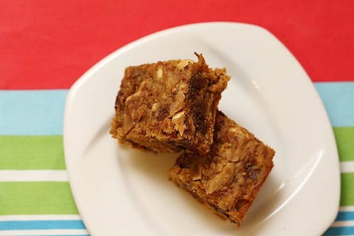 peanut buter blondies