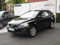 automobile, sport utility vehicle, vehicle, mid-size car, crossover suv, volvo xc60, bumper, volvo cars, land vehicle,