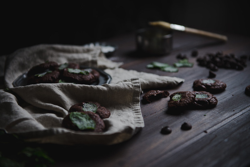 Fresh mint dark chocolate truffle cookies + Saveur.