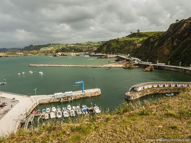 Vistas del puerto de Candás