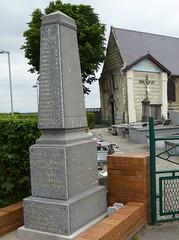Wulverdinghe, le Monument aux Morts