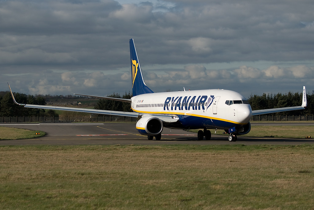 EI-EGA - B738 - Ryanair