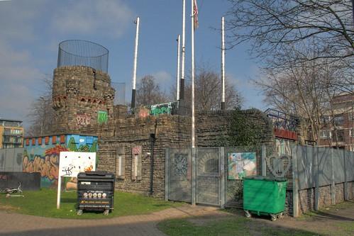Crumbles Castle