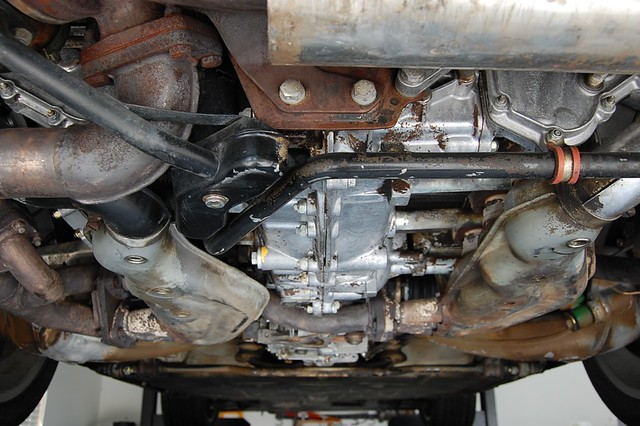 Pic X in addition E F O also  moreover B F Ed likewise Gm Vortec Lu. on 2004 colorado engine oil sensor location