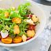 Salad with halloumi and tomaotes