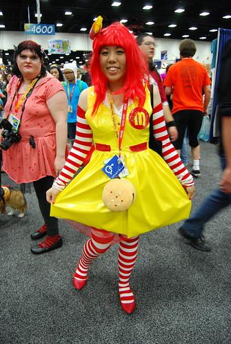 Ronald McDonald Crossplay