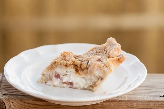 Rhubarb Sourcream Pie