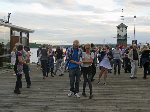 403 Dancing Bryggen Oslo