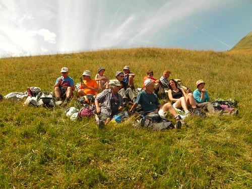Casse-croûte dans les prés au Col du Lautaret