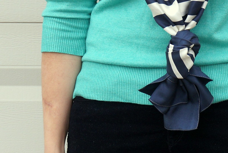 scarf knot stripe