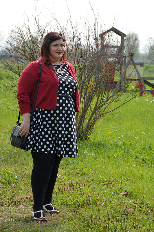 outfit pois, nero e rosso (6)