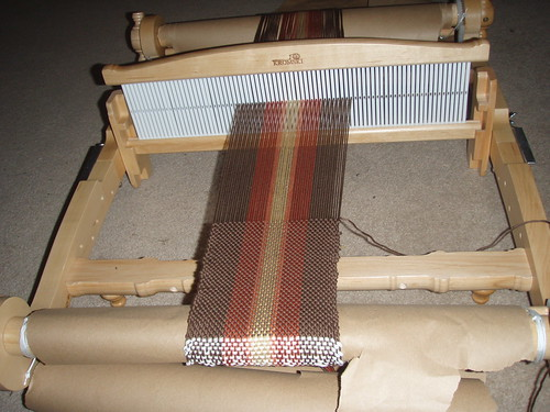 Weaving a bag