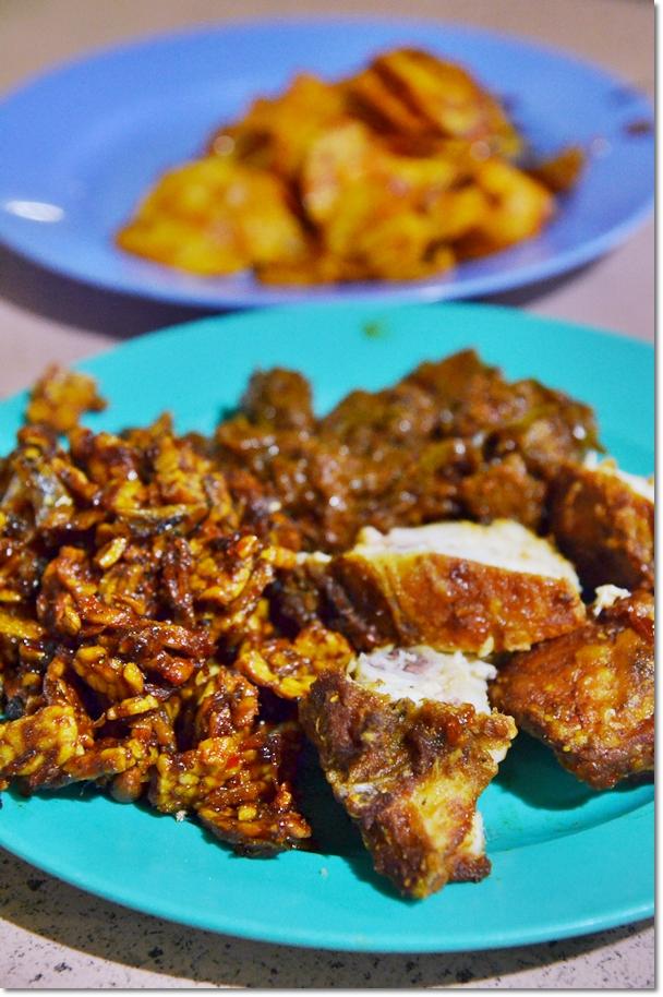 Ayam Goreng, Sambal Tempe