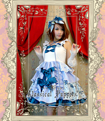Classical_Puppets_Blueberry_Halter_Sweet_Bowknot_Lolita_Dress_8
