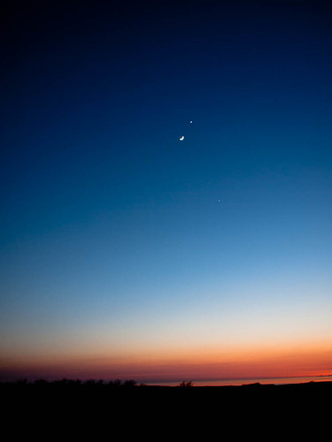 1000/766: 26 March 2012: Moon, Venus and Jupiter by nmonckton
