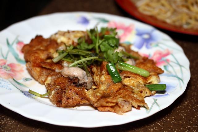东海岸泻湖美食村:炸牡蛎。油炸福建米。虾面