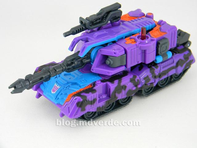 Transformers Tank Megatron Deluxe - United - modo alterno