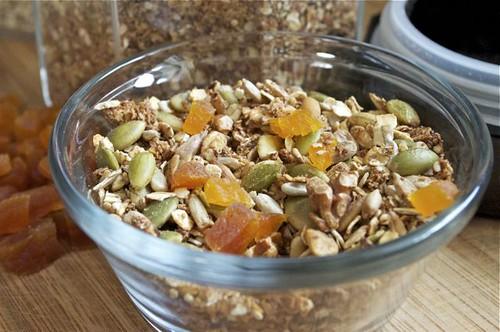 granola bowl 1