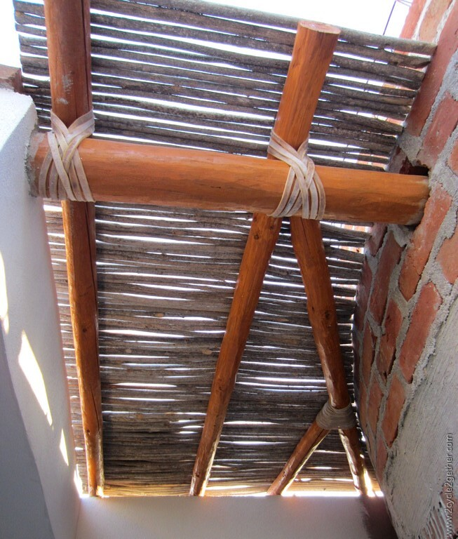 Stick roofing Las Pocitas
