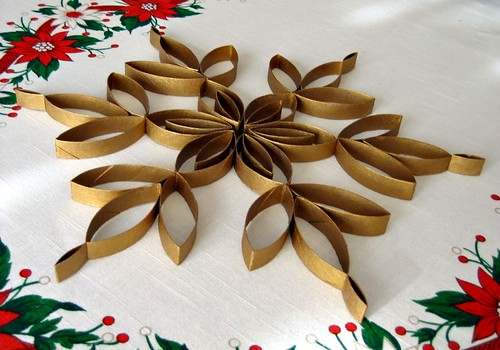 TP Roll Snowflake Tree Topper Tutorial