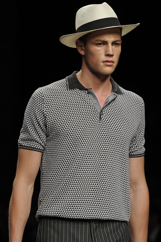 SS13 Milan Canali057_Tom Barker(VOGUE)