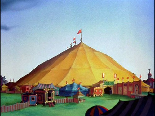DUMBO ERECTED TENT