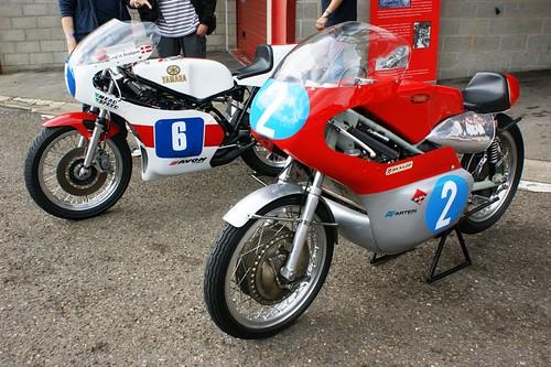 Yamaha TZ350 & Jawa 350