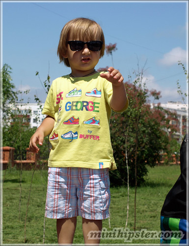 Ukraine... MiniHipster.com: kids street fashion (mini hipster .com)