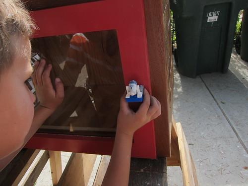 Ezra's contribution - R2D2 door handle