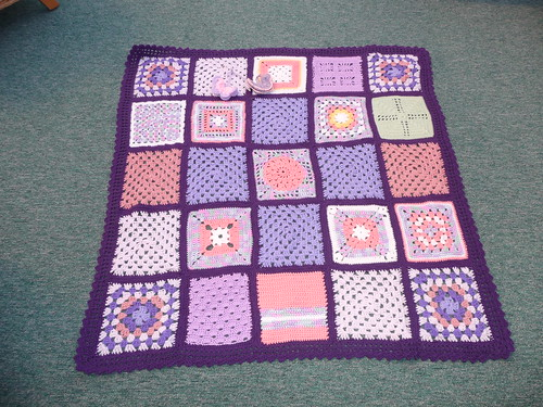 Thanks to pippa-anne for assembling. Thanks to everyone for contributing squares for this beauty!