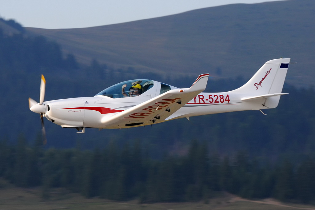 Fly-in @ Floreni - Mitingul cailor putere - Poze 7678821286_8b424c3c8e_o