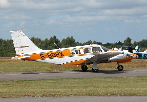 PIPER PA-34-200 SENECA G-BBPX