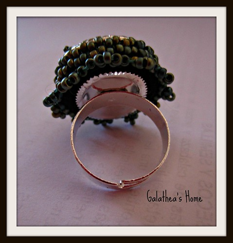 Anillo bead embroidery by Rebeca_Rodriguez