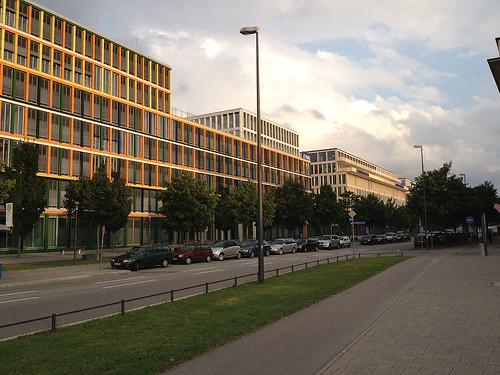 Ganghoferstraße am Georg-Freundorfer-Platz