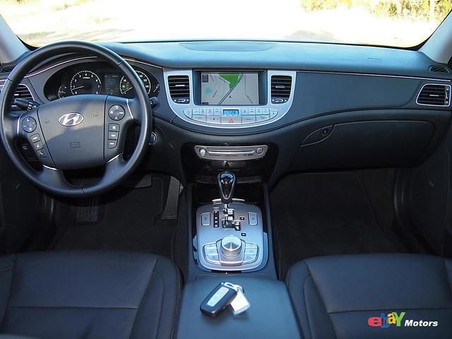 2012 Hyundai Genesis Interior
