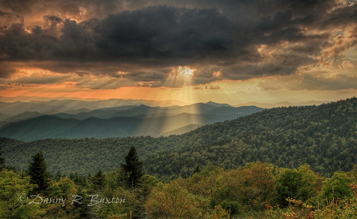 "sunset usa canon landscape nc colorful mark ridge 5d rays sunrays ii"" 2012 ""blue parkway"" thegalaxy ""canon ""north carolina"" mygearandme mygearandmepremium mygearandmebronze mygearandmesilver mygearandmegold mygearandmeplatinum mygearandmediamond 24mm105mm"" rememberthatmomentlevel4 rememberthatmomentlevel1 rememberthatmomentlevel2 rememberthatmomentlevel3 rememberthatmomentlevel7 rememberthatmomentlevel5 rememberthatmomentlevel6 rememberthatmomentlevel8 vigilantphotographersunite vpu2 vpu3 vpu4 vpu5 vpu6 vpu7 vpu8 vpu9 vpu10 photographyforrecreationclassic"