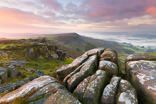 sunrise dawn rocks peakdistrict valley inversion gritstone curbaredge