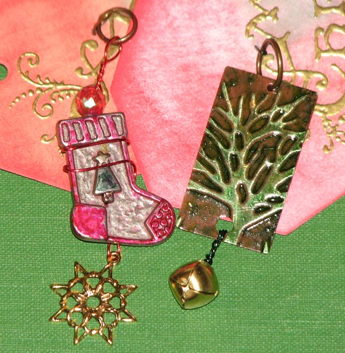 Ink Stains Altered Christmas Charm Swap 055