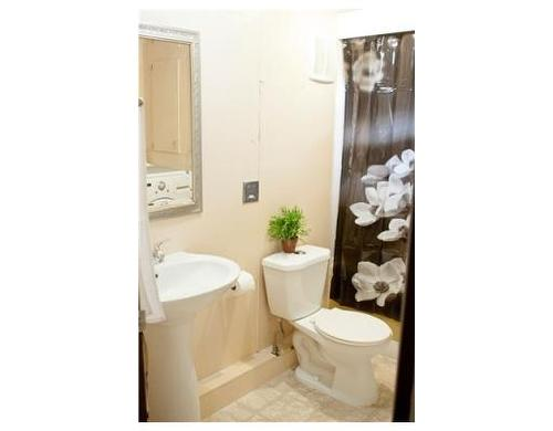 new bathroom fixtures!