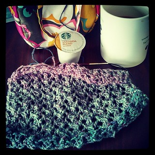 Flickering Thistle #knit #scarf in the works along side a cuppa #Starbucks #BlondeRoast #gotitfree #bzzagent #knitstagram #Cascade #souk